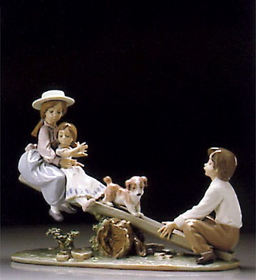 Lladro Seesaw Friends 1995-00 Porcelain Figurine