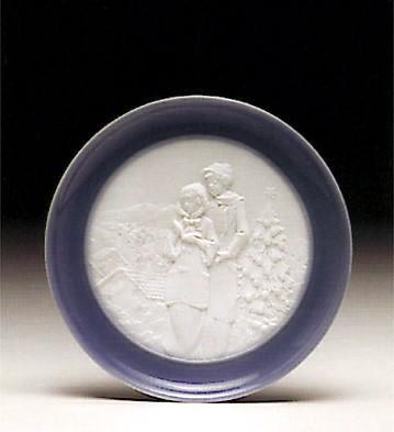 LladroChristmas Melodies PlatePorcelain Figurine