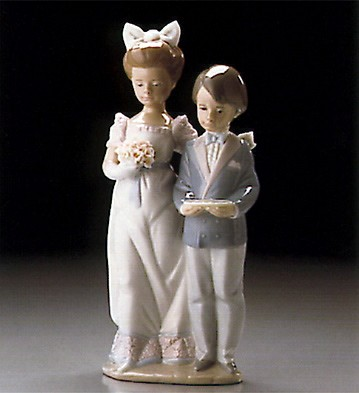 Lladro In The Procession 1995-99  Porcelain Figurine