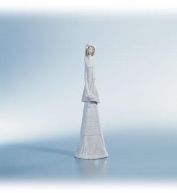 LladroBridal Bell 1995-01Porcelain Figurine