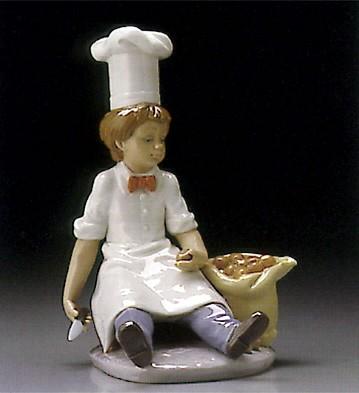 LladroApprentice Chef 1995-99Porcelain Figurine