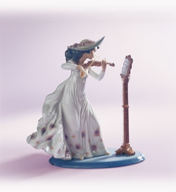LladroSweet Symphony 1996-04Porcelain Figurine
