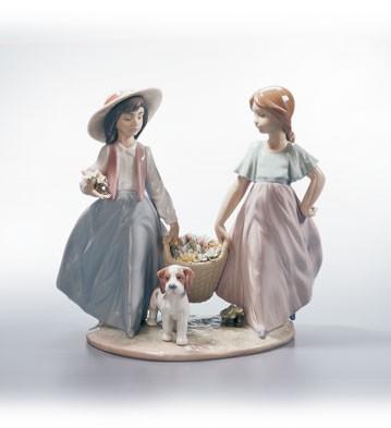 LladroSpringtime Harvest 1996-02Porcelain Figurine