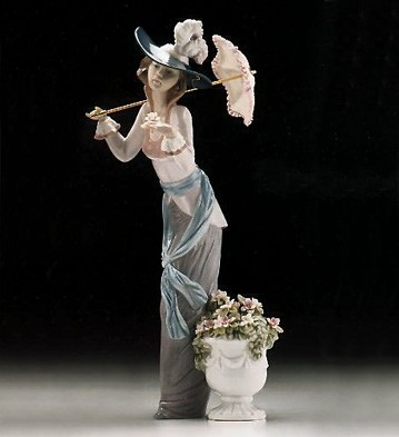 Lladro Flower Of Paris 1996-99 Porcelain Figurine