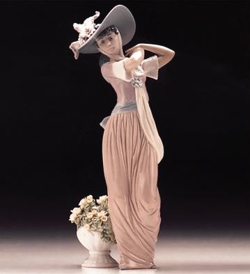 Lladro Paris In Bloom 1996-99 Porcelain Figurine