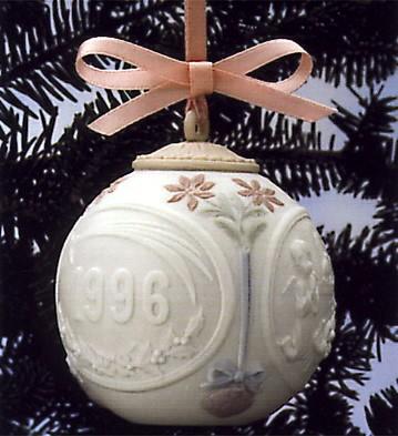 LladroChristmas Ball 1996 OrnamentPorcelain Figurine