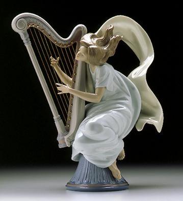 LladroThe Harpist 1996-99Porcelain Figurine