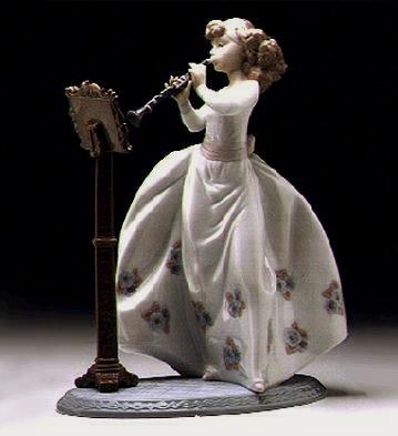 LladroBeautiful Rhapsody 1996-01Porcelain Figurine