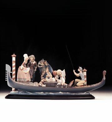 LladroVenice Festival 1996-99Porcelain Figurine