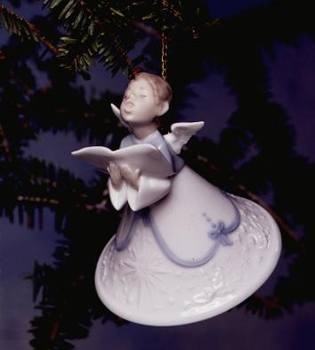 LladroHeavenly Tenor 1996-97Porcelain Figurine