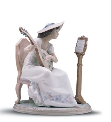 Lladro Sweet Song 1997-01 Porcelain Figurine