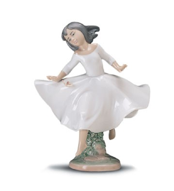 Lladro Spirit Of Youth 1997-01 Porcelain Figurine