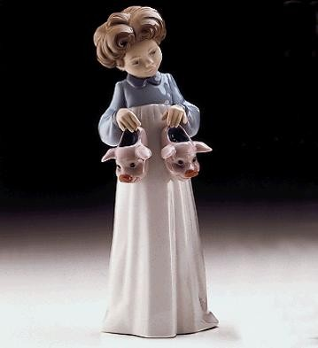 Lladro My Favourite Slippers Usa 1997-99 Porcelain Figurine