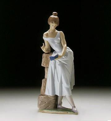 LladroSweet Verses 1997-99Porcelain Figurine
