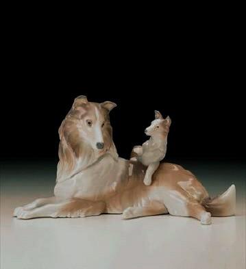 LladroCollie with Puppy 1997-00Porcelain Figurine