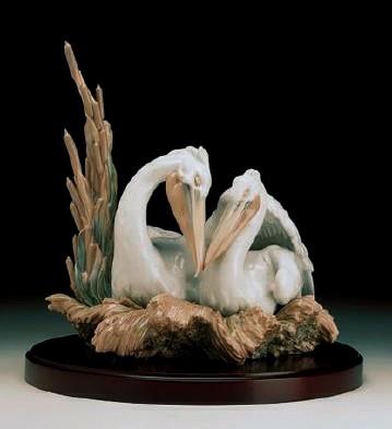 LladroThe Pelicans  (1000)Porcelain Figurine
