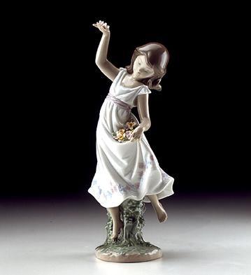 LladroGarden Dance 1999 Special Event FigurePorcelain Figurine