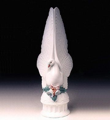 Lladro Message Of Peace -98 Treetopper Porcelain Figurine