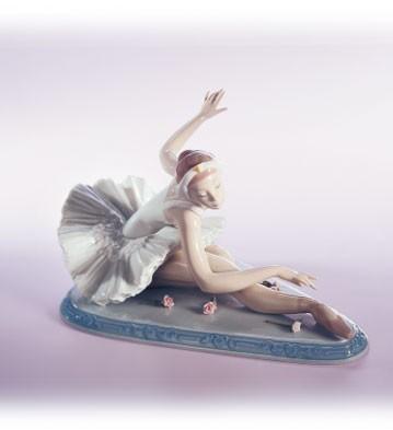 LladroOvation 1998-99 Le3000Porcelain Figurine