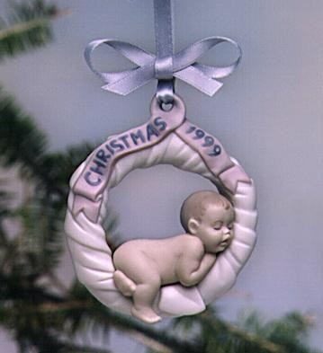 Lladro Baby First Christmas 1999 Ornament Porcelain Figurine