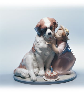 Lladro A Birthday Kiss Porcelain Figurine