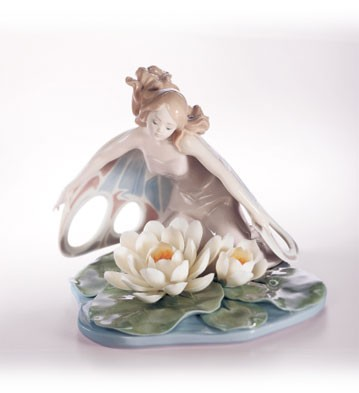 Retired Lladro Wings Of Fantasy