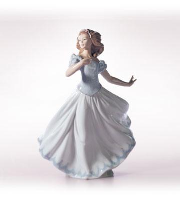 LladroSweet SixteenPorcelain Figurine