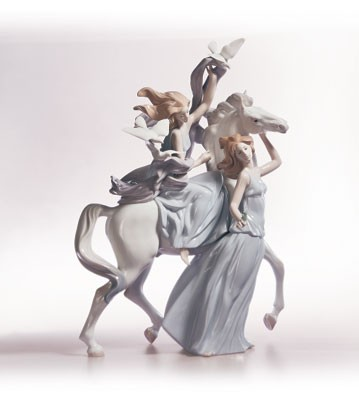 Lladro Peace And Liberty 2000-C Porcelain Figurine