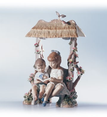 Lladro A Reading Lesson Porcelain Figurine