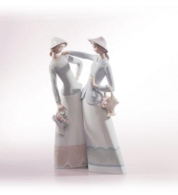 LladroThe Encounter 2001Porcelain Figurine