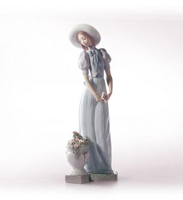 Retired Lladro Blossom Of The Heart