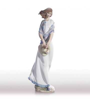 Retired Lladro Romantica