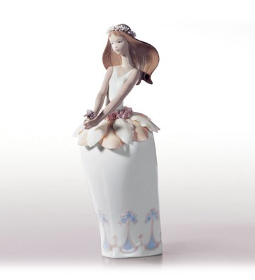 Retired Lladro Petals Of Fantasy