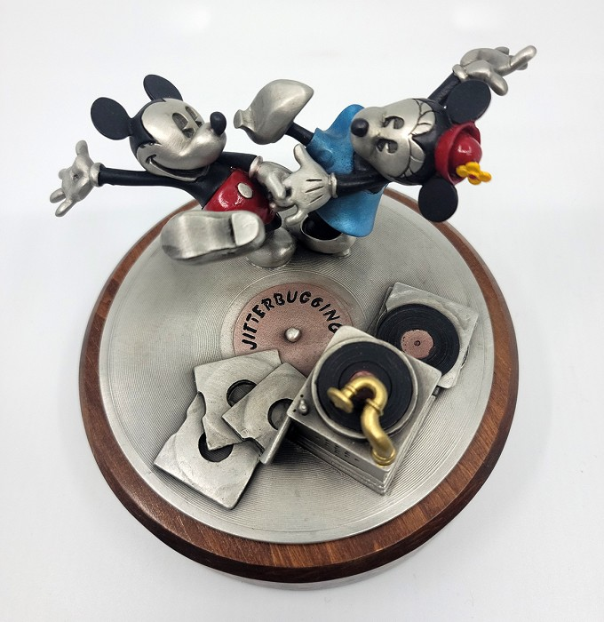 WDCC Disney ClassicsMickey and Minnie Jitterbugging Pewter Sculpture