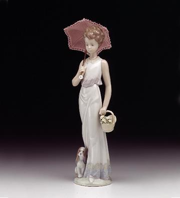 LladroGarden ClassicPorcelain Figurine