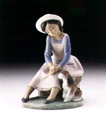 Lladro By My Side 1996-99 Porcelain Figurine