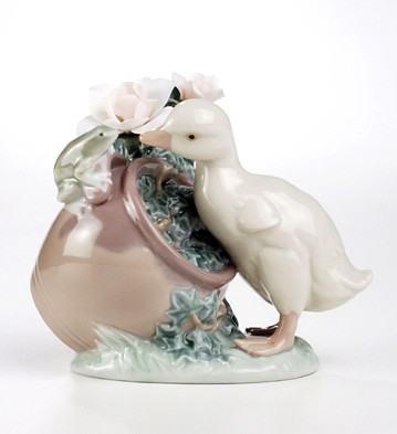 Lladro How Are You Porcelain Figurine