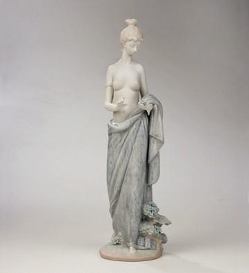 LladroA Walk With NaturePorcelain Figurine