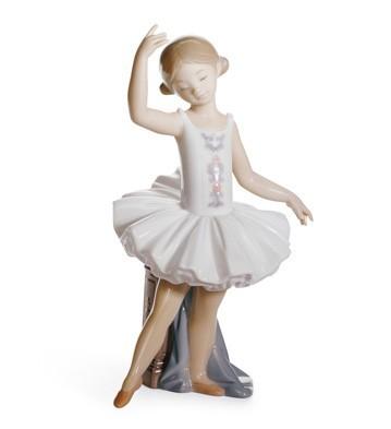 LladroLittle Ballerina IIPorcelain Figurine