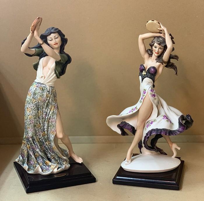 Giuseppe ArmaniGypsy Dancers Set