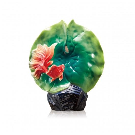 Franz PorcelainVase, Goldfish & Lotus Lea