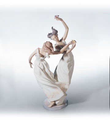 Lladro Dance Of The Nymphs Porcelain Figurine