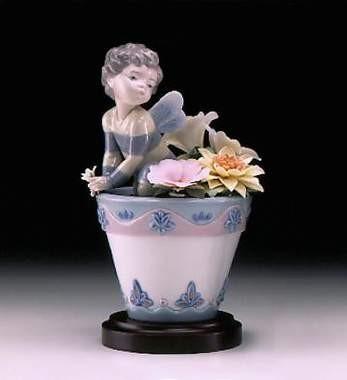 LladroBumblebee FantasyPorcelain Figurine