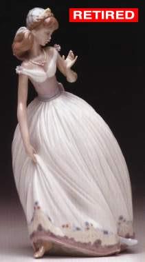 LladroThe Glass SlipperPorcelain Figurine