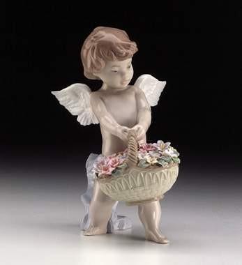 LladroHeaven's HarvestPorcelain Figurine
