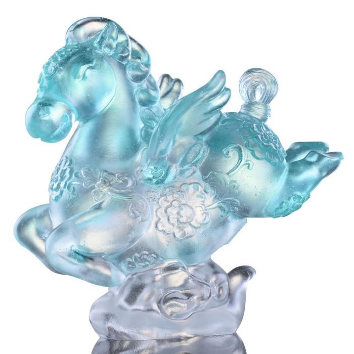 Liuli CrystalLittle Young Pegasus