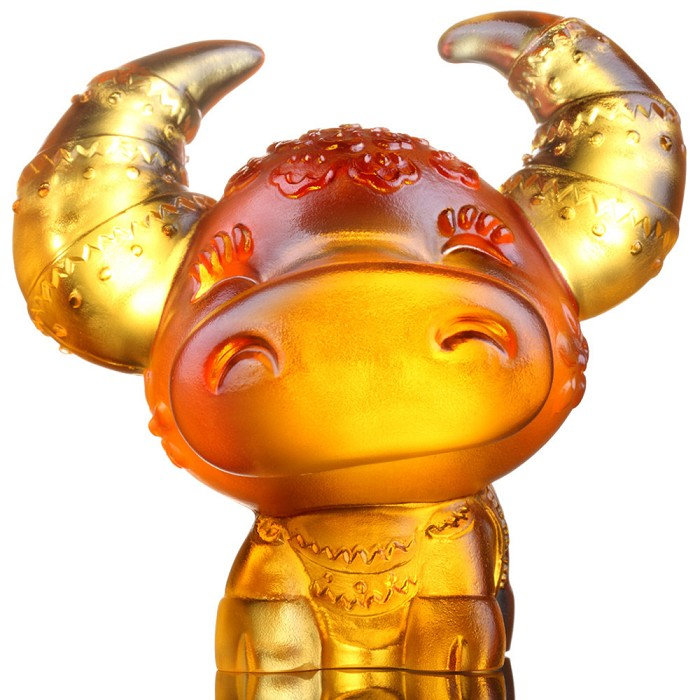 Liuli CrystalZodiac Collection (Ox, Confident) - Horned Fortune