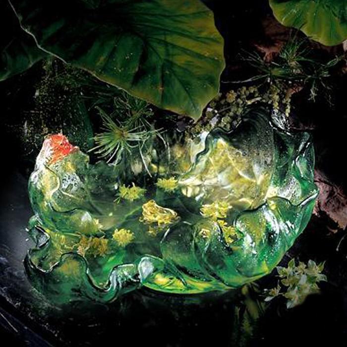 Liuli CrystalGreen Envy: Lotus Leaf