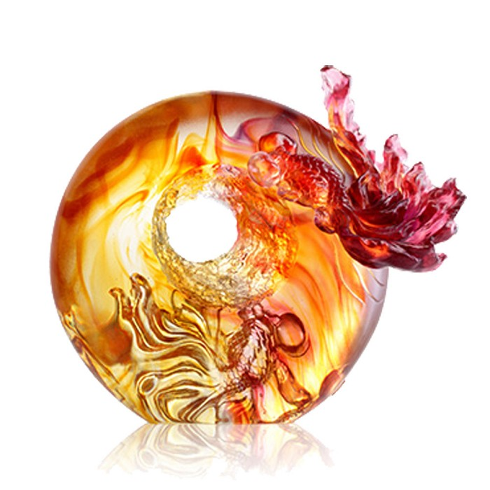 Liuli Crystal Handcraft Crystal Fish Figurine - Happiness Comes with Ascending Qi