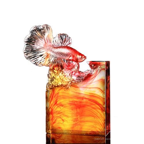 Liuli CrystalCrystal Fish Figurine (Victory) - Glory Is All Mine